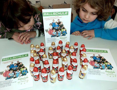 Schöne Weihnachtszeit / Ballschule für Kinder in München
